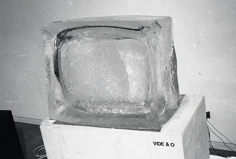Vide & O 1989 Installation